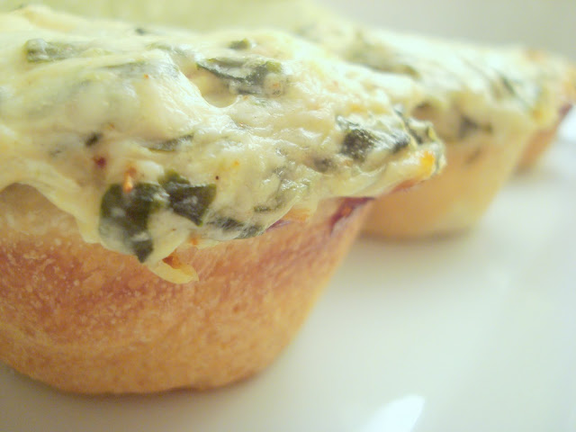 maede.for.you.: Baked Spinach Dip Mini Bread Bowls