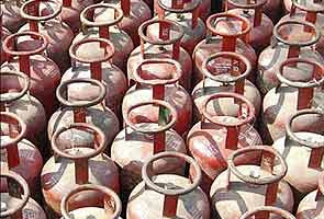 limited LPG, LPG cylinders, LPG price, petrol price hike, India,Live News, Today Top Stories, Latest News, Daily News, Breaking News, Latest News, Political News, Business News, Financial News, Bollywood News, Sports, India News, World News, Top News, Lifestyle News,Daily News, Blogs, Videos, Travel, Auto