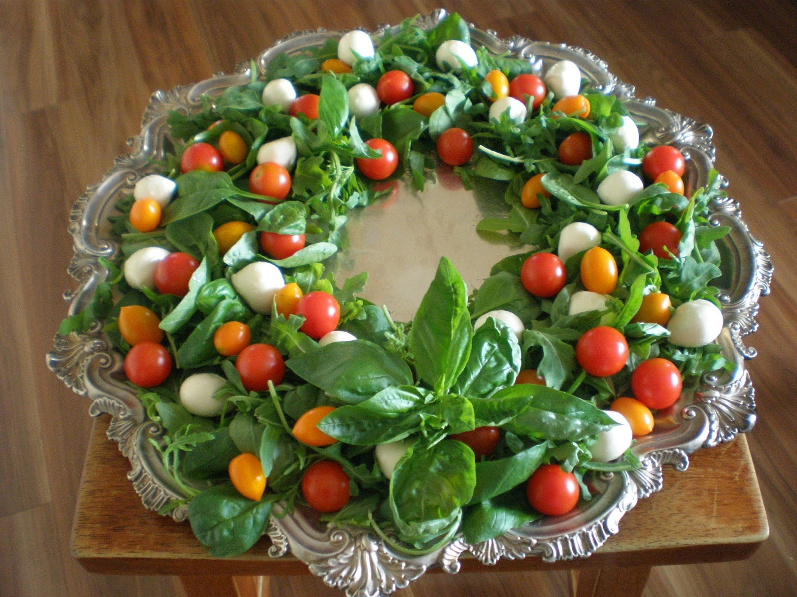 The Intolerant Chef Festive Feastings With A Christmas Caprese Salad