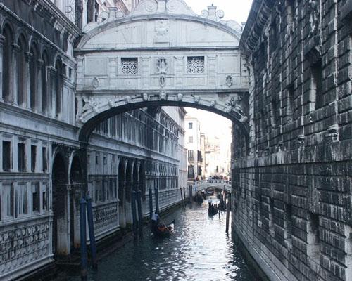 Мост вхдохов в Венеции