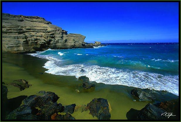 Pantai Pasir Hijau