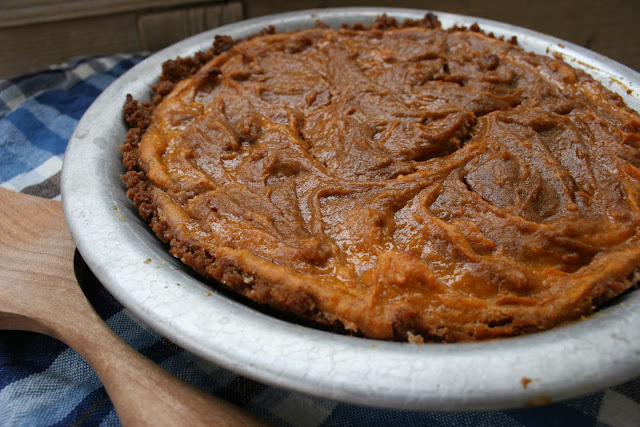 Sweet Potato Speculoos Cookie Butter Pie
