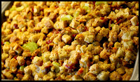 http://foodiefelisha.blogspot.com/2012/11/healthy-easy-stuffing.html