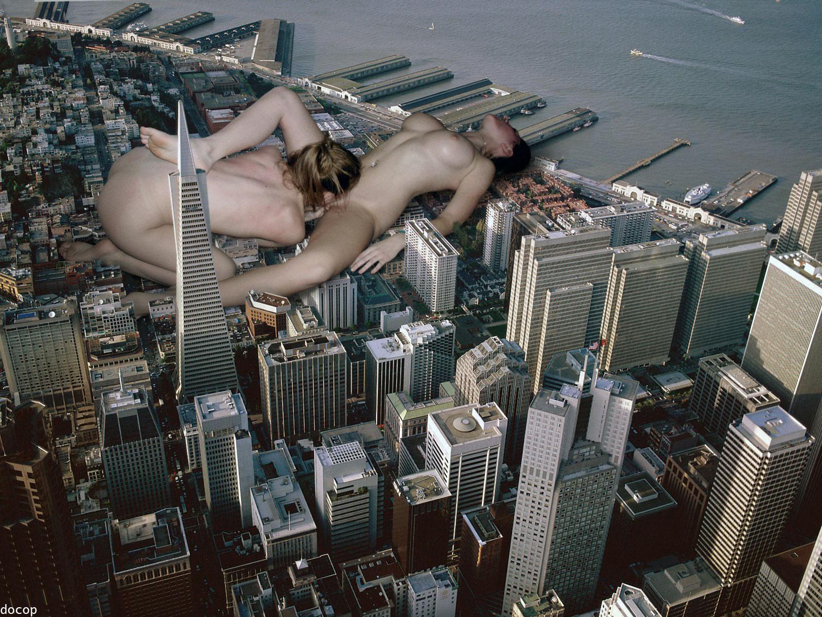 lesbians sex city