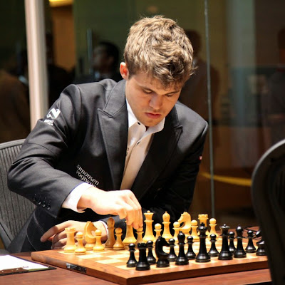 http://chennai2013.fide.com/photo-gallery-round-3/