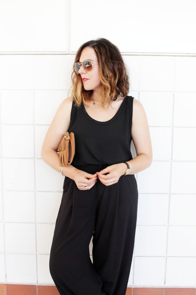 Wide leg pants outfit idea all black summer