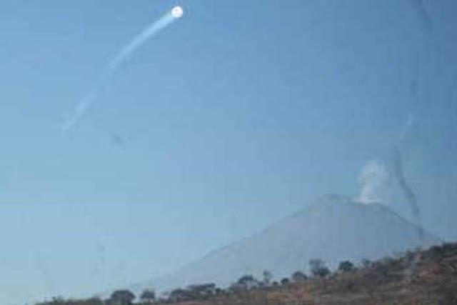Fotografían OVNI sobre el Popocatépetl