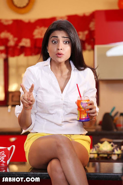 Shriya Saran hot Pavitra Movie