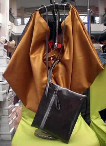 aneka model tas wanita, model tas wanita, tas wanita murah, tas wanita Terakota