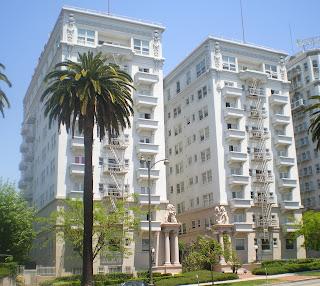 Perhotelan dan Apartemen