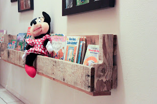 Recycled Crafts:  diy pallet shelves closeup