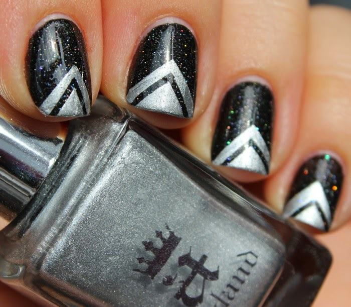 marie paillette   nail art  geometric black and silver