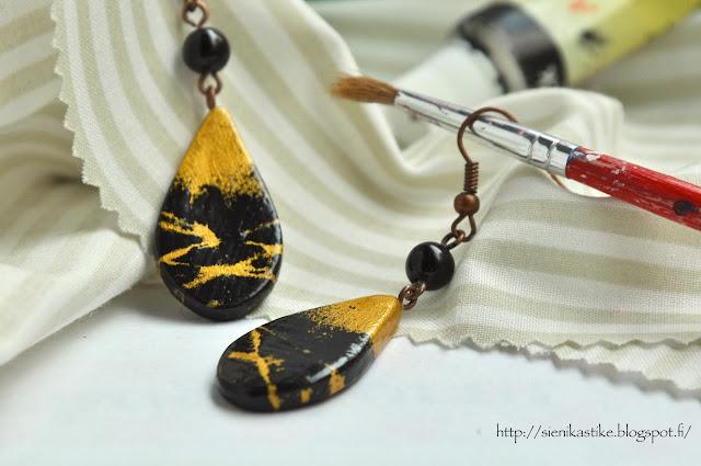 каплевидные серьги, чёрное и золотое, чёрный, золотой, капли, korvakorut, korvikset, pisarat, musta, kulta