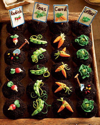 Craft Ideas  Buttons on Pams Party   Practical Tips  Garden Cupcakes