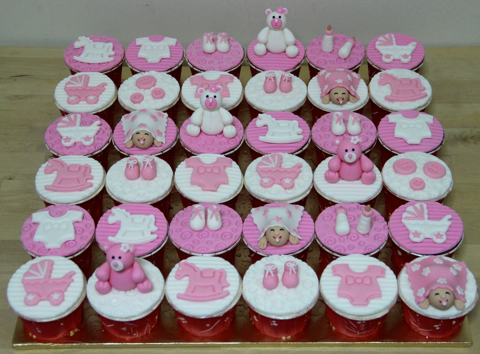 temptations baby shower theme cupcakes