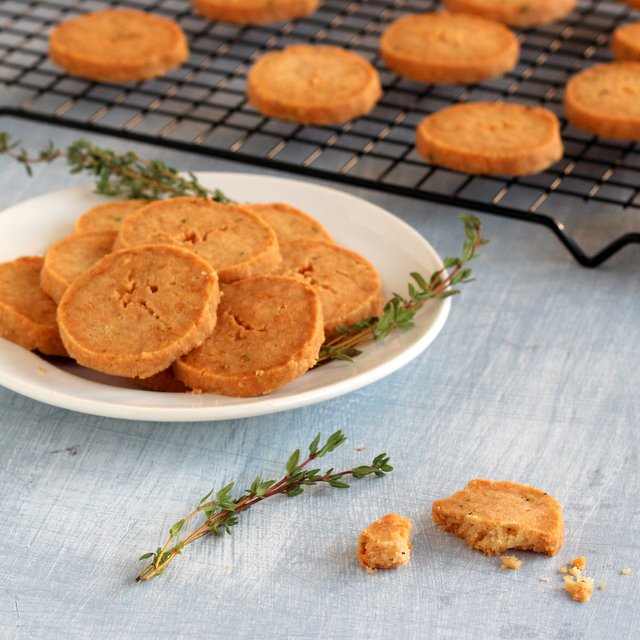 Kid cultivation 20 high calorie nut free snacks for weight gain 11 parmesan and thyme cookies forumfinder Choice Image
