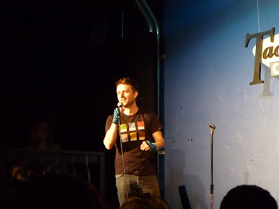 Chris Hardwick (@Nerdist) at the Tacoma Comedy Club with gloves