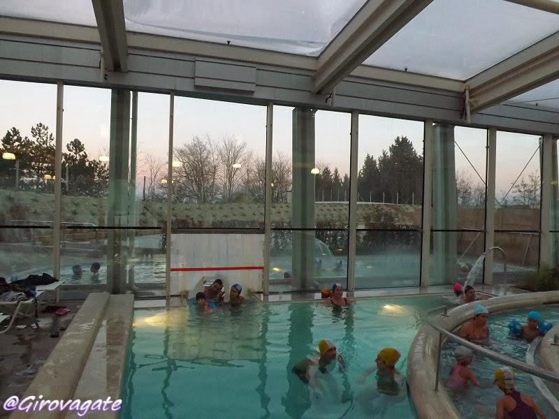 Idee di viaggio girovagate theia le nuove piscine - Piscine theia chianciano ...