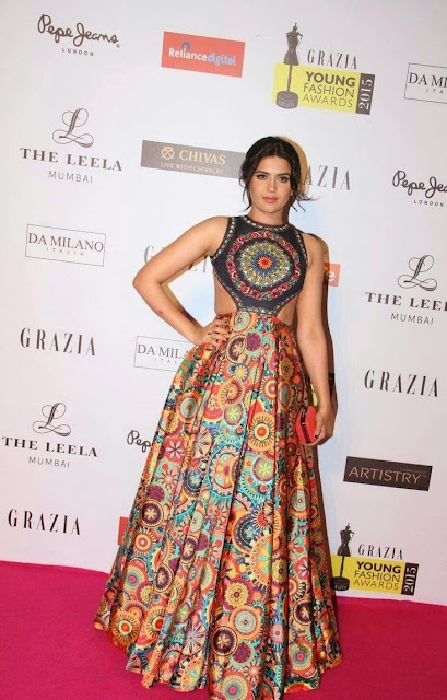 Deeksha Seth Stills At Grazia Young Fashion Awards 2015