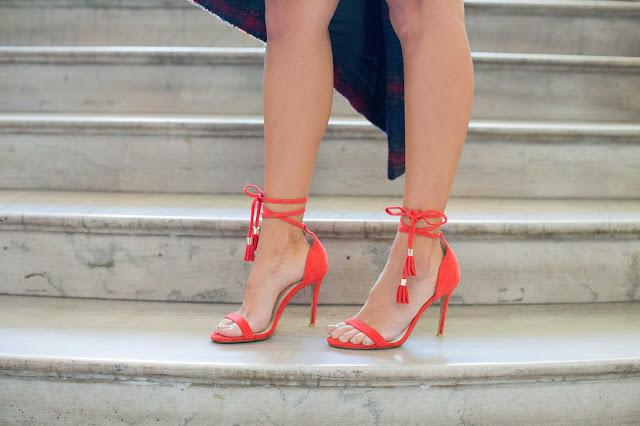 how to style red heels, fringe tassel raye heels