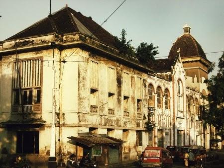 Kota lama semarang : tempat wisata sejarah di semarang