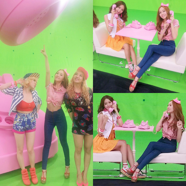 "Jessica, Sunny, Yoona, Hyoyeon ""Beep Beep"""