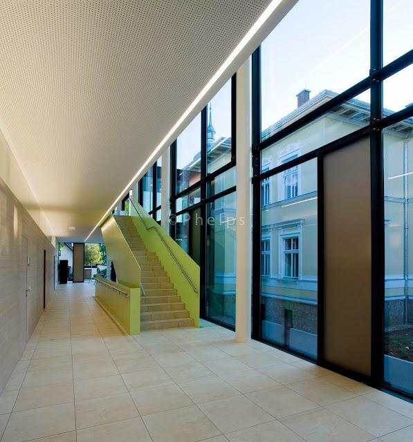 Musikschule Vöcklabruck - Arch. Gärtner/Neururer - Foto Andrew Phelps