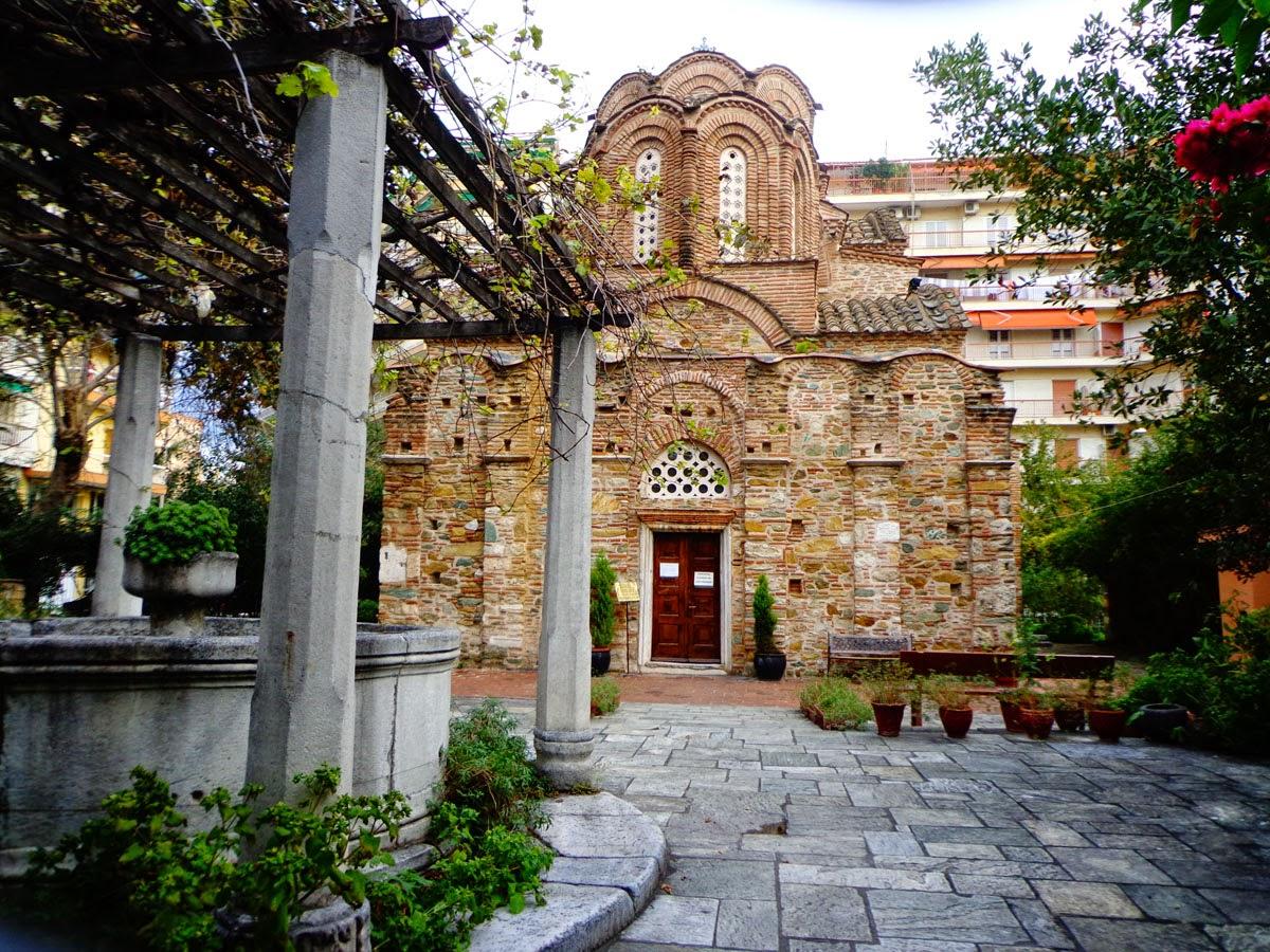 Церковь-Пантелеимона