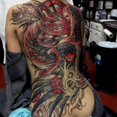 Zdjęcie tatuażu smoka na plecach