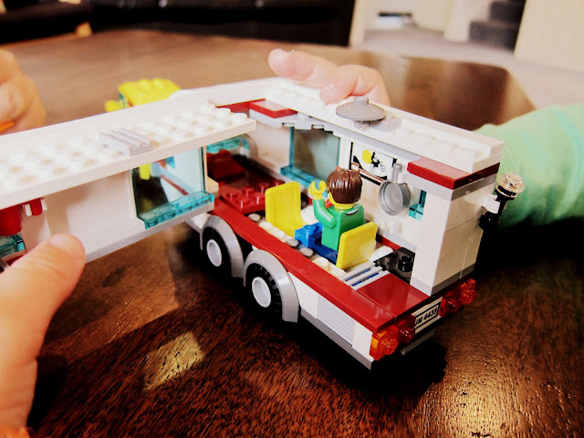 LEGO City caravan on the inside