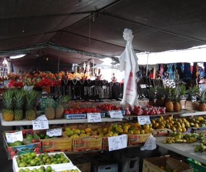 Hilo living blog where to eat on hawaii island for Kona fish market