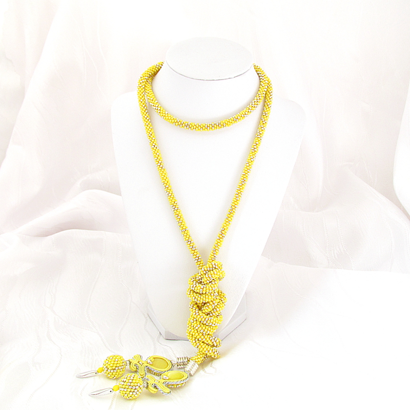 Lemon necklace and bracelet.