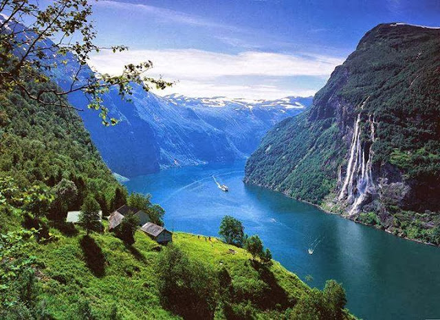 Seven Sisters Waterfall, Geiranger fjord in Norway-Amazing-Natural-Scene-Norway,Nature pics Amazing
