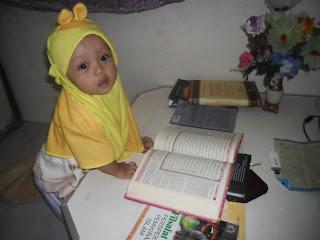 Aunillah Az Zaini gemar membaca Alquran