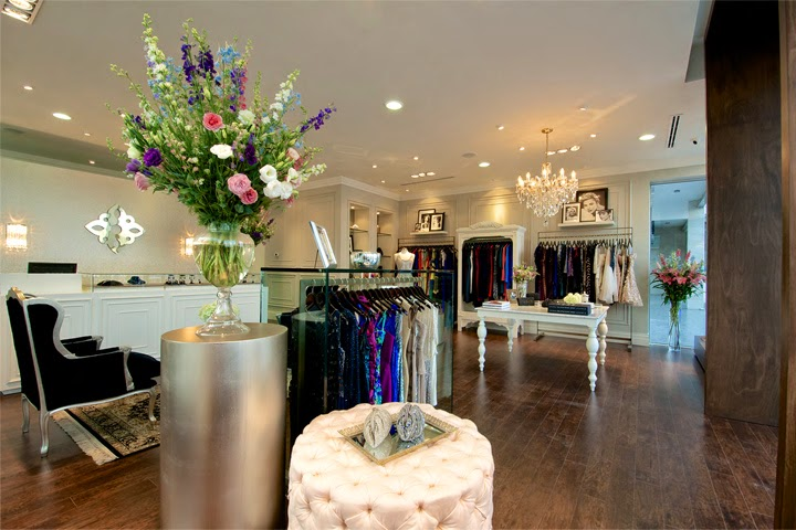 Interior Butik Dress Gaya Klasik 1