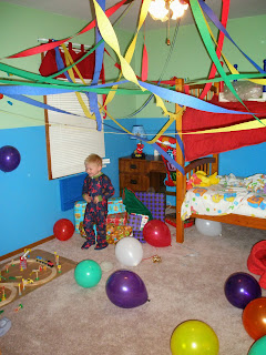 decorate the birthday kids room