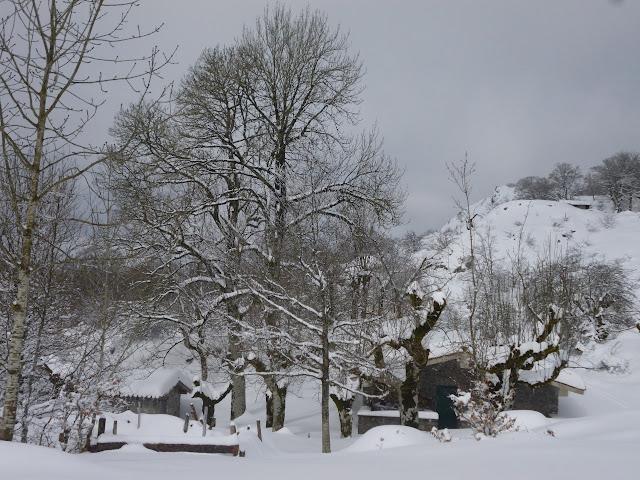 Esqui de montaña:Aranzazu-Sierra de Aitzkorri