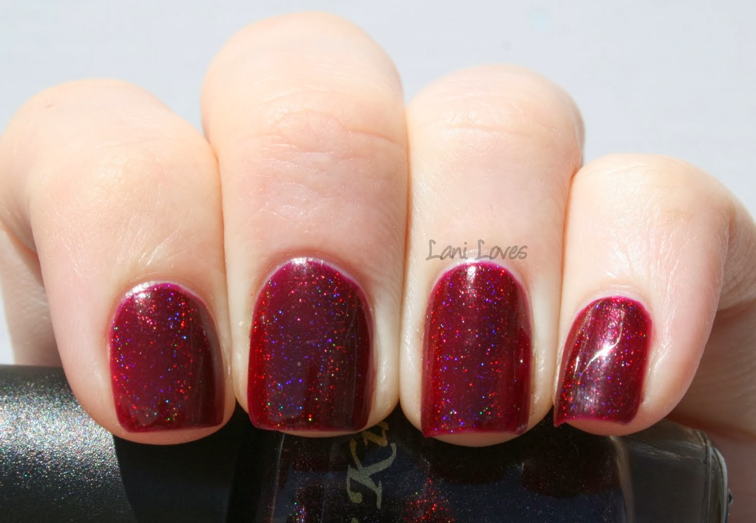 Star Kin Fangs Berry Much Swatch