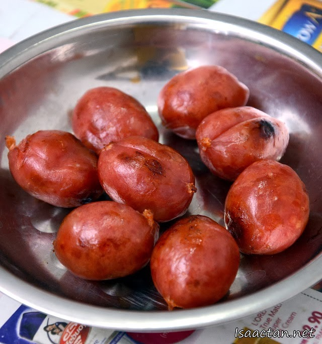 Awesome 'balls' of Taiwanese Sausages