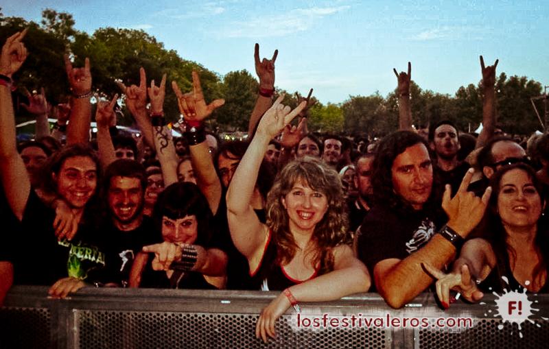 Público del Leyendas del Rock 2014