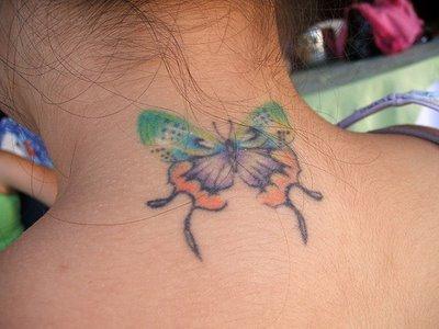 Desenhos de Tatuagens Femininas na Nuca