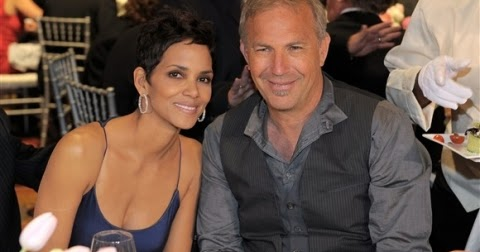 Who is halle berry dating 2012