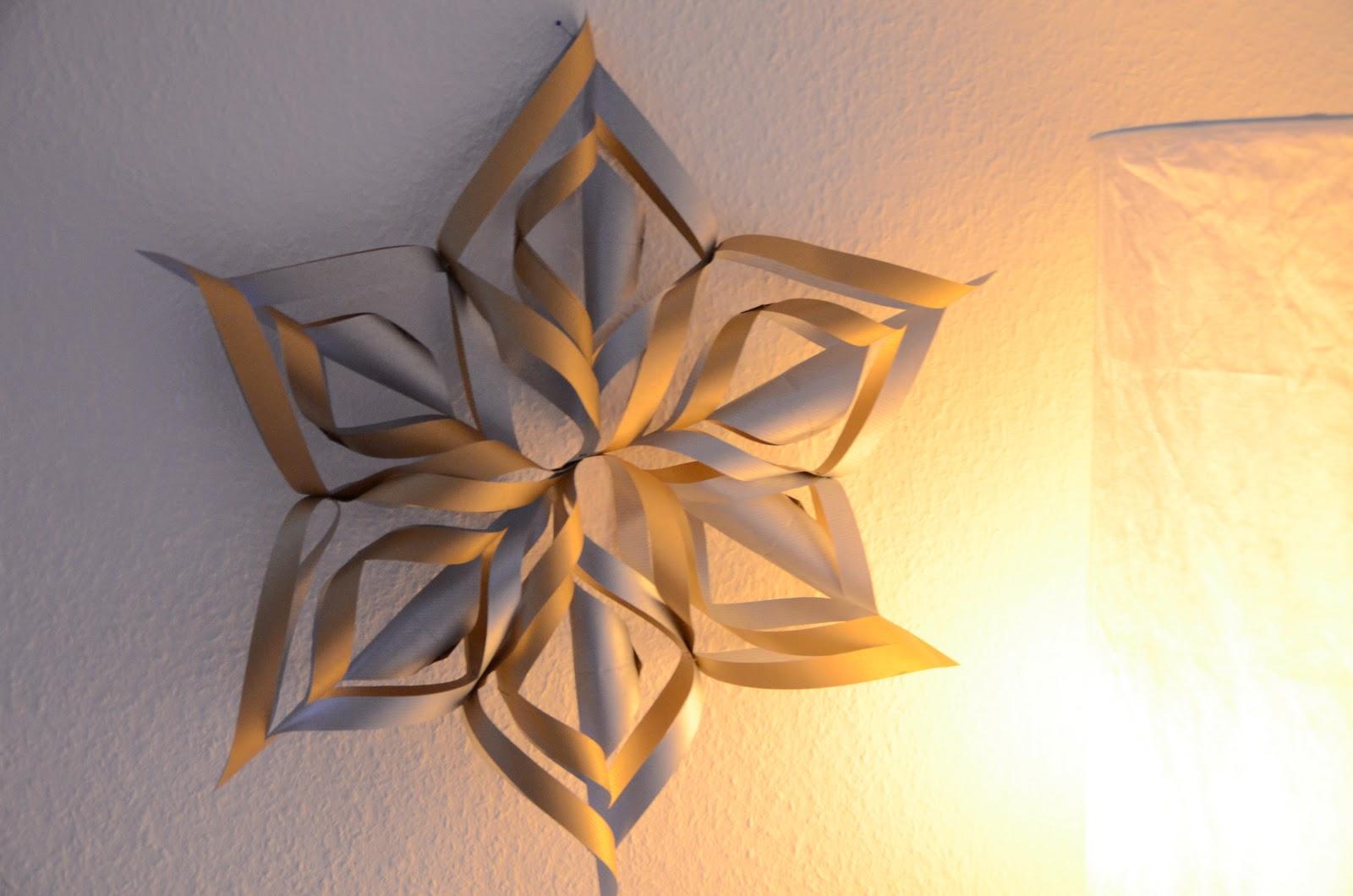 schokominza diy weihnachtsstern aus papier. Black Bedroom Furniture Sets. Home Design Ideas