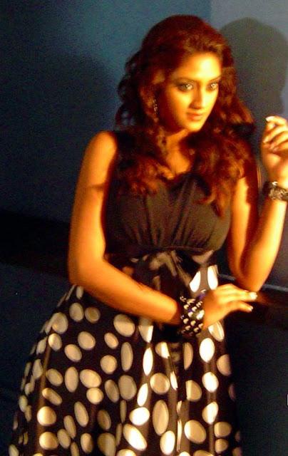 nusrat bengali actress wallpapers
