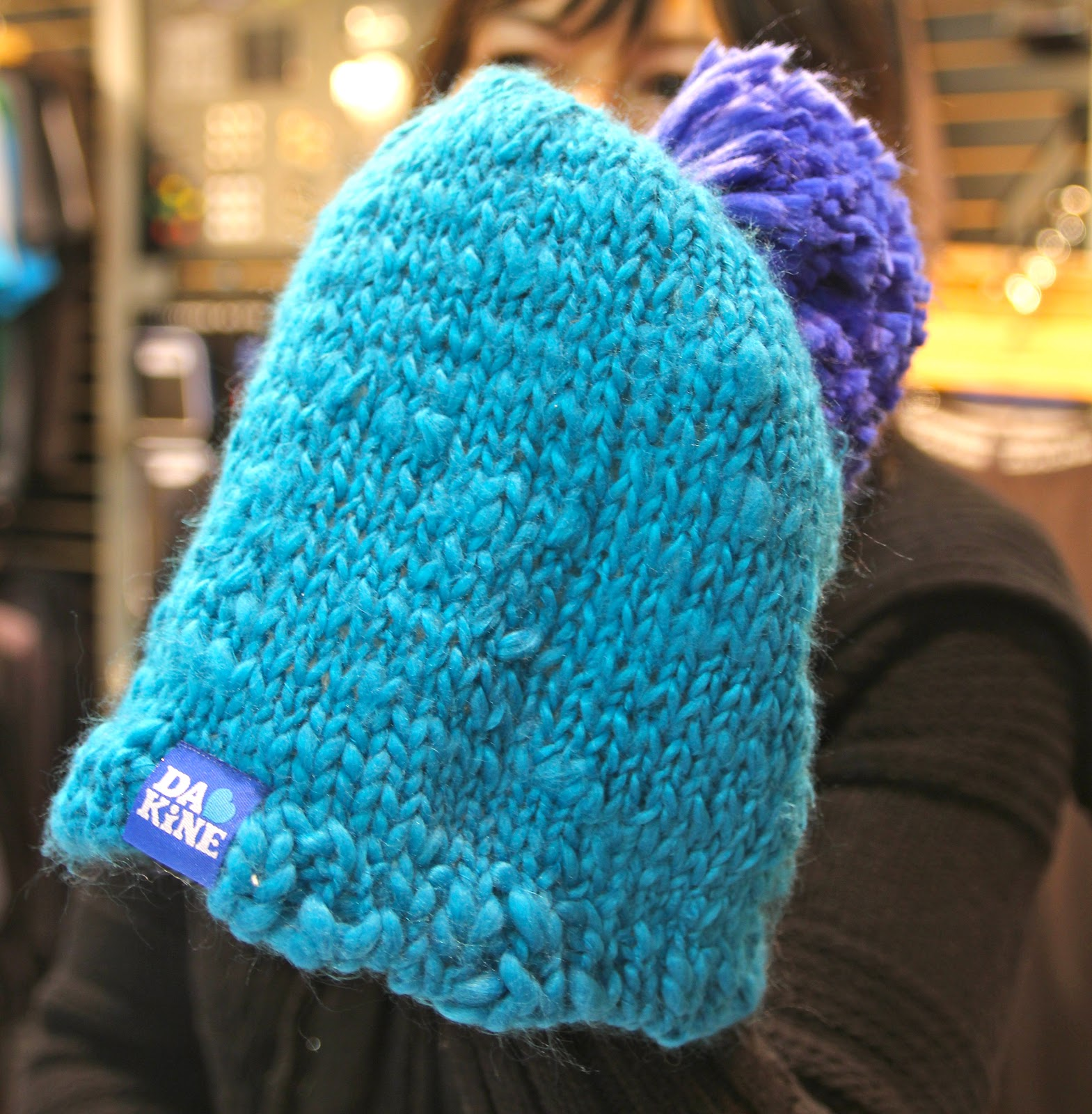 284446a0589 DAKINE FALL 2012 Performance Packs Gloves Hats Apparel Fall 2012