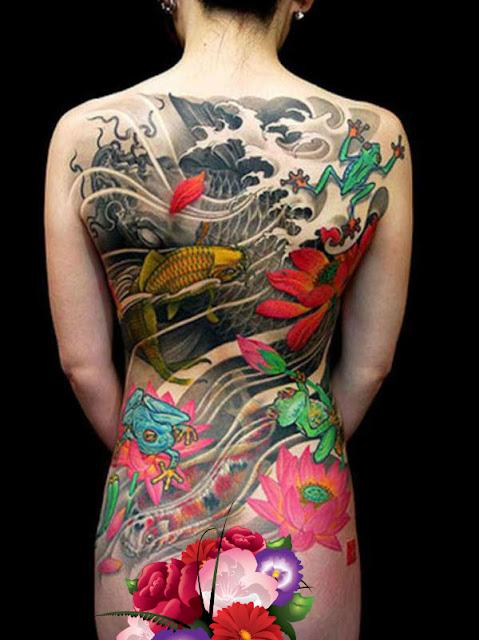 Tatuagens Femininas Oriental com Carpa, Sapos e Lotus nas Costas