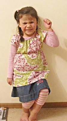 image shirred short sleeve top blouse Tanya Whelan pattern Paisley Garden fabric Secret Garden by Sandi Henderson for Michael Miller