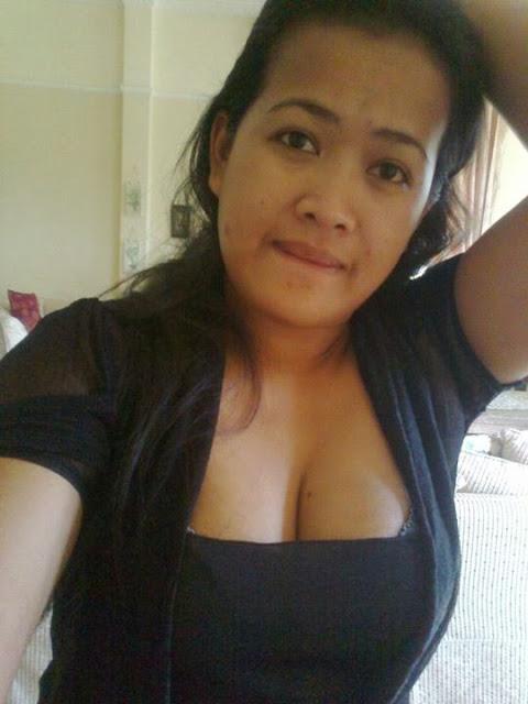 Tante Anum melayu bogel.com