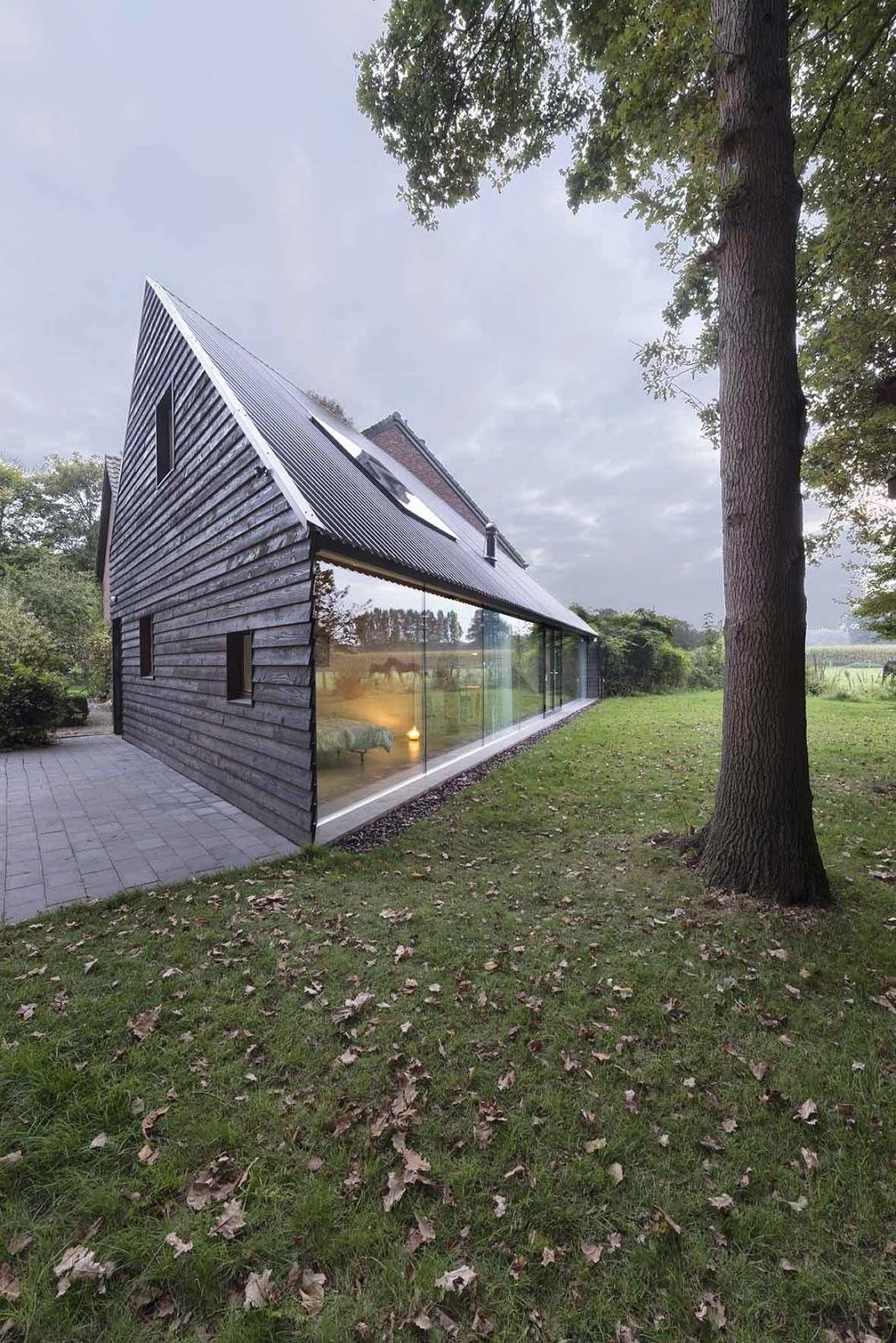 Moderne hus med saltak