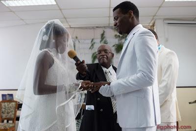 mariée fait son discours mariage en guadeloupe